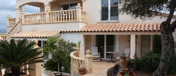 Großzügige Golfvilla Mallorca in Nova Santa Ponsa in Hafennähe